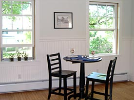 Eddington House Inn Dining area